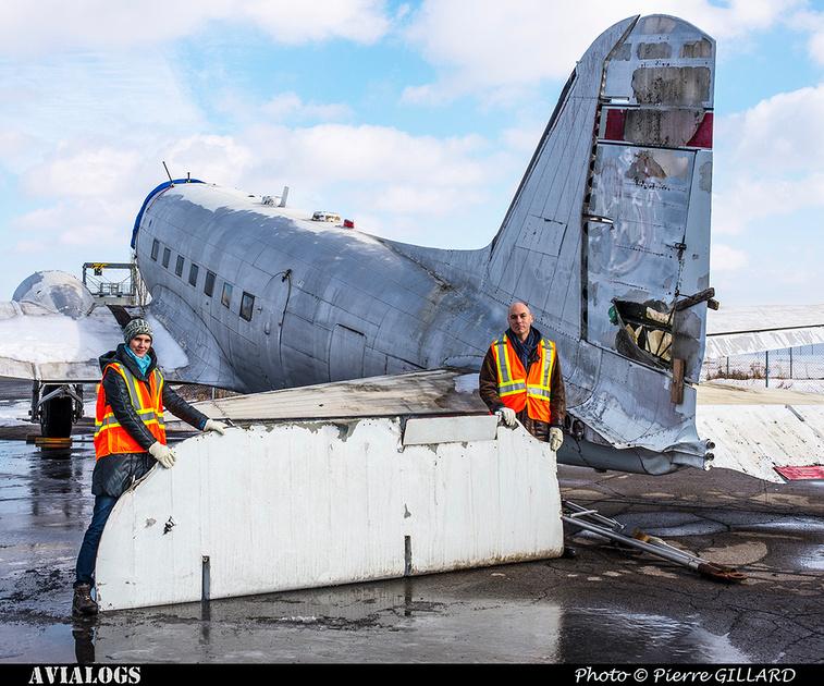 Pierre GILLARD: 2018-01-27 et 28 - Démontage des gouvernes de profondeur du DC-3 C-FDTD &emdash; 2018-616389