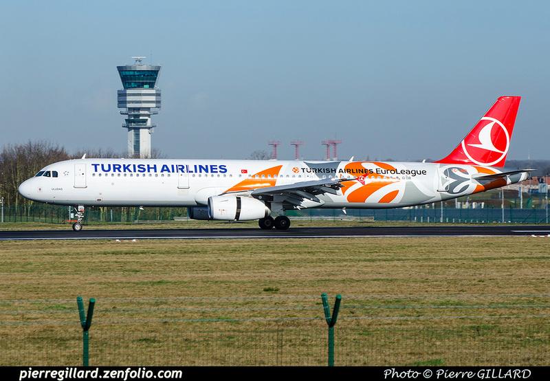 Pierre GILLARD: Turkish Airlines &emdash; 2018-706356