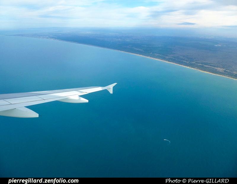 Pierre GILLARD: In Flight - En vol &emdash; 2018-PR1040594