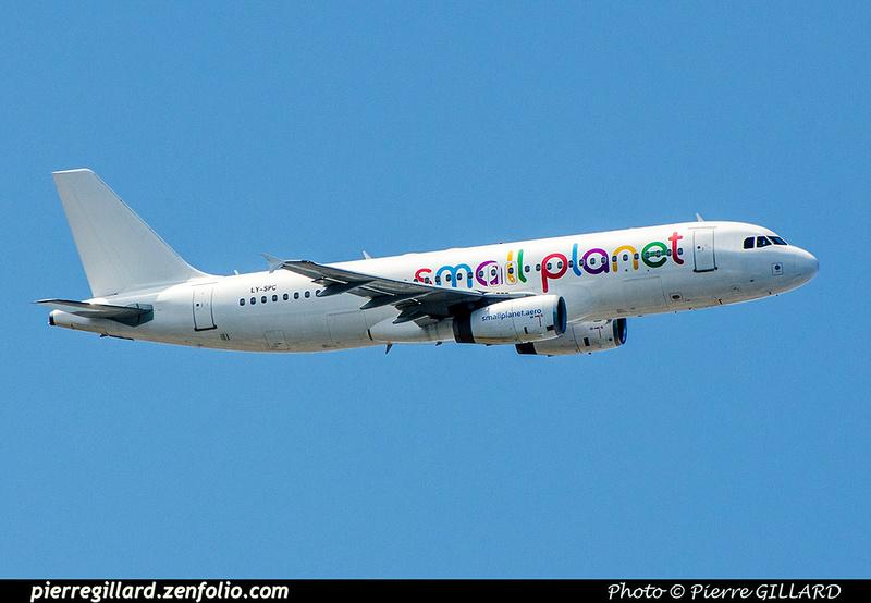 Pierre GILLARD: Small Planet Airlines &emdash; 2018-707234