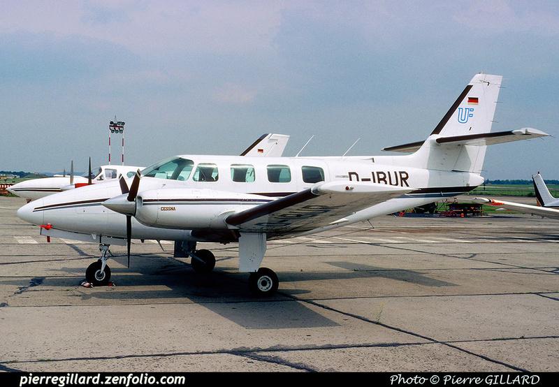 Pierre GILLARD: Private Aircraft - Avions privés : Europe &emdash; 024424