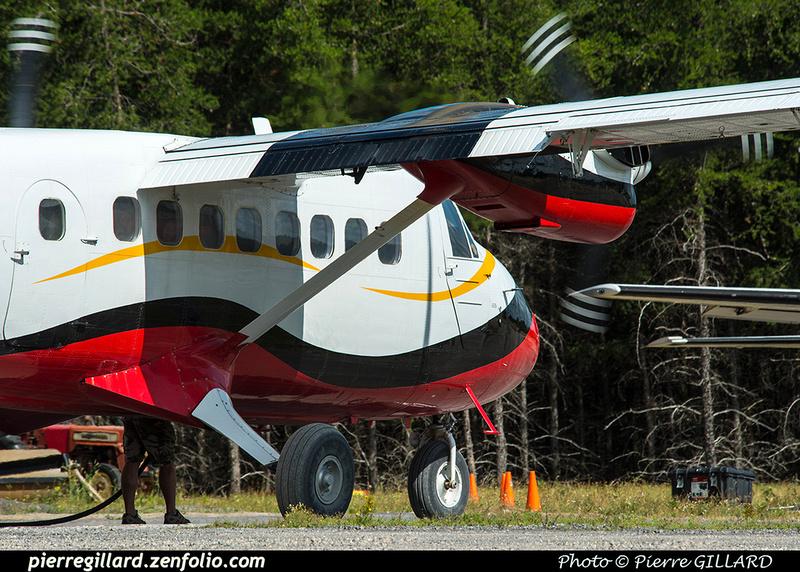 Pierre GILLARD: Parachute Jumping - Parachutisme &emdash; 2018-422056