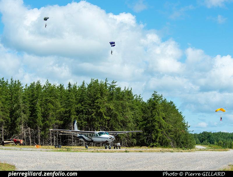 Pierre GILLARD: Parachute Jumping - Parachutisme &emdash; 2018-422021