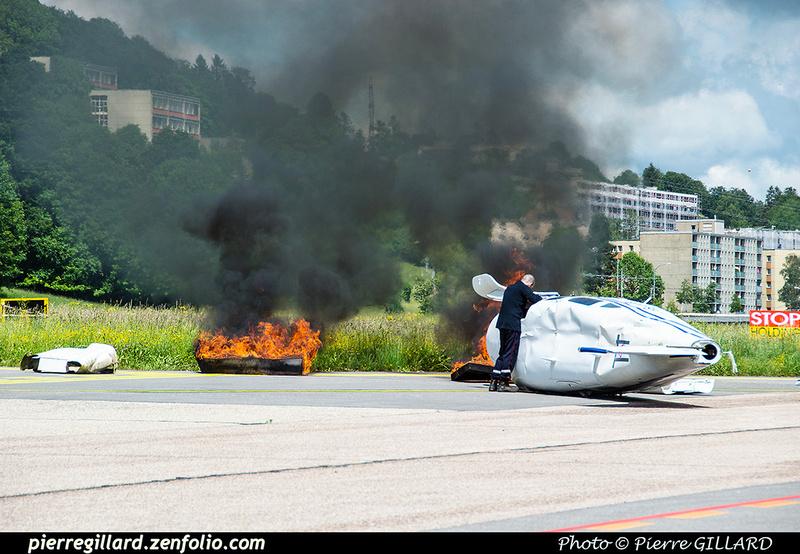 Pierre GILLARD: 2018-05-29 - Simulation d'accident à la Chaux-de-Fonds (Les Éplatures) &emdash; 2018-524802