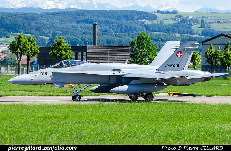 Pierre GILLARD: Military : Switzerland &emdash; 2018-708432