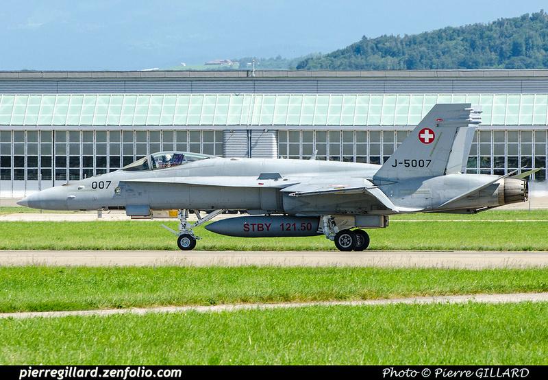 Pierre GILLARD: Military : Switzerland &emdash; 2018-708410