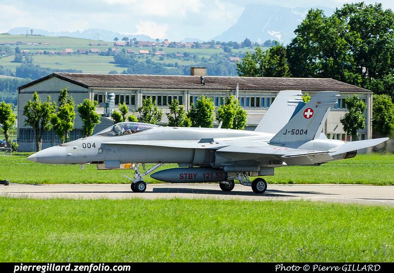 Pierre GILLARD: Military : Switzerland &emdash; 2018-708399