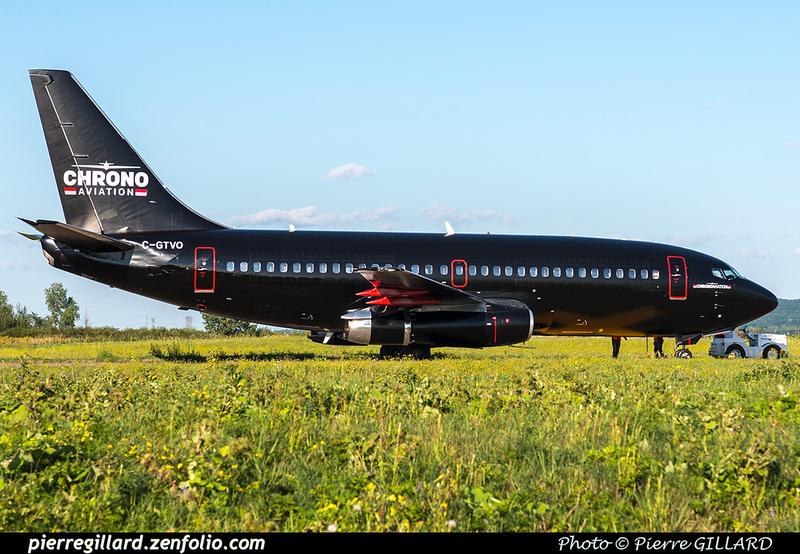 Pierre GILLARD: 2018-08-30 - Inauguration de la piste 06L/24R rénovée de Saint-Hubert et présentation du Boeing 737 de Chrono Aviation &emdash; 2018-619372