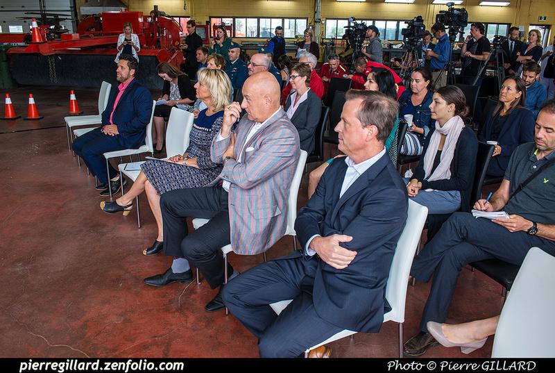Pierre GILLARD: 2018-08-30 - Inauguration de la piste 06L/24R rénovée de Saint-Hubert et présentation du Boeing 737 de Chrono Aviation &emdash; 2018-618994