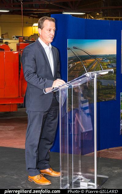 Pierre GILLARD: 2018-08-30 - Inauguration de la piste 06L/24R rénovée de Saint-Hubert et présentation du Boeing 737 de Chrono Aviation &emdash; 2018-618999