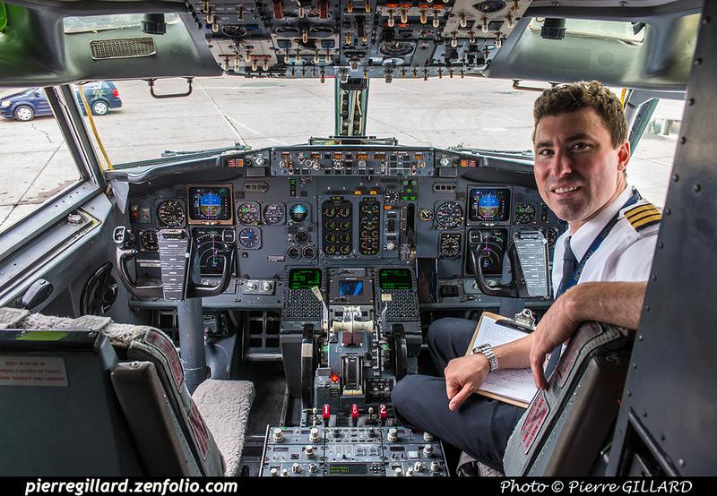 Pierre GILLARD: 2018-08-30 - Inauguration de la piste 06L/24R rénovée de Saint-Hubert et présentation du Boeing 737 de Chrono Aviation &emdash; 2018-619072