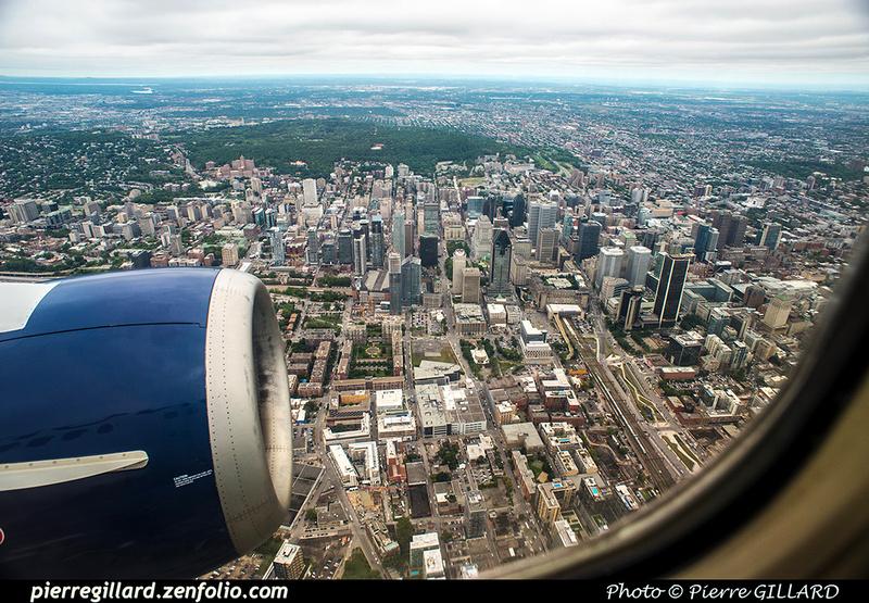 Pierre GILLARD: 2018-08-30 - Inauguration de la piste 06L/24R rénovée de Saint-Hubert et présentation du Boeing 737 de Chrono Aviation &emdash; 2018-619216