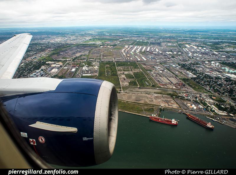 Pierre GILLARD: 2018-08-30 - Inauguration de la piste 06L/24R rénovée de Saint-Hubert et présentation du Boeing 737 de Chrono Aviation &emdash; 2018-619241