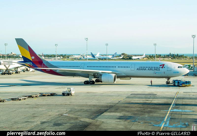 Pierre GILLARD: Asiana Airlines - 아시아나항공 &emdash; 2018-525329