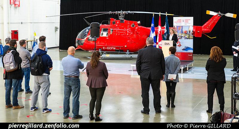 Pierre GILLARD: 2018-11-14 - Cérémonie officielle de don du Bo-105 de la Garde côtière à l'ÉNA &emdash; 2018-620148