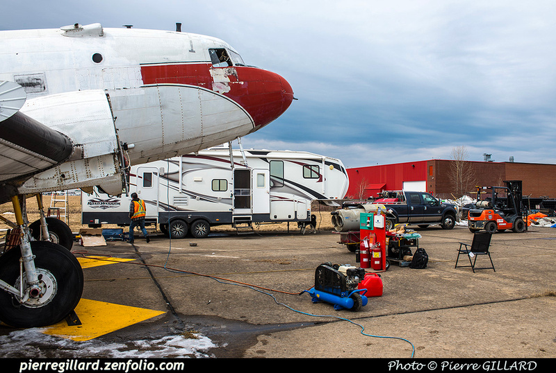Pierre GILLARD: 2019-04-06 au 2019-06-06 (?) - Plane Savers - Restauration du DC-3 C-FDTD &emdash; 2019-620990