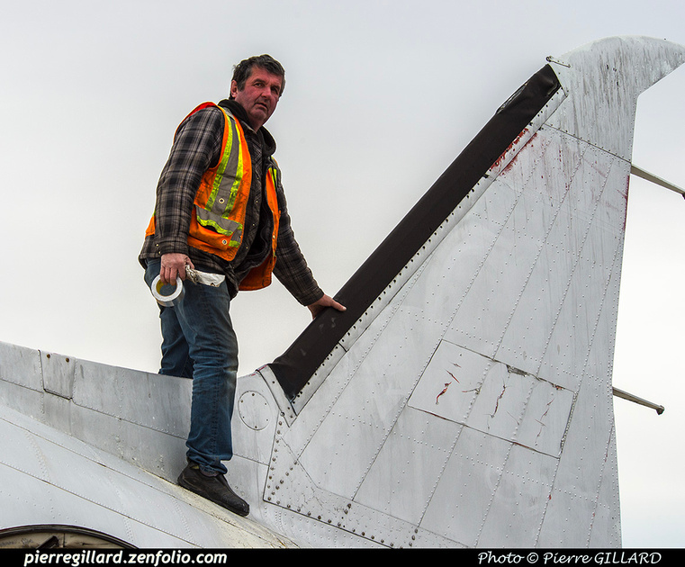 Pierre GILLARD: 2019-04-06 au 2019-06-06 (?) - Plane Savers - Restauration du DC-3 C-FDTD &emdash; 2019-424199