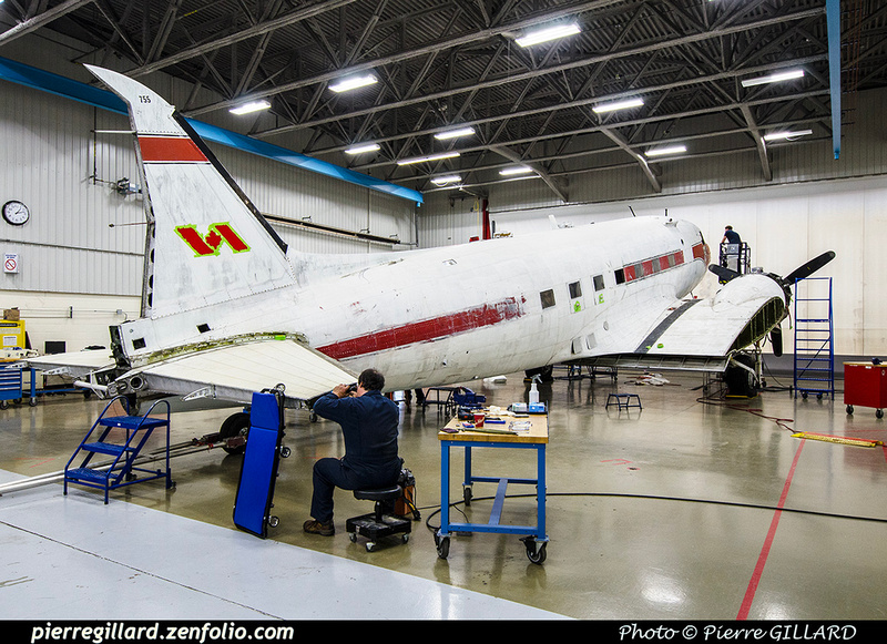 Pierre GILLARD: 2019-04-06 au 2019-06-06 (?) - Plane Savers - Restauration du DC-3 C-FDTD &emdash; 2019-711812