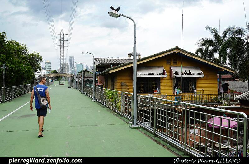 Pierre GILLARD: Bangkok - Ville moderne &emdash; 2016-512335
