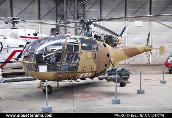 Pierre GILLARD: France - Musée de l'Aviation Légère de l'Armée de Terre et de l'hélicoptère &emdash; 005242