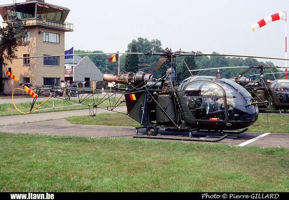 Pierre GILLARD: Aéronefs : Alouette II Astazou &emdash; A47-006465