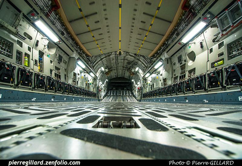 Pierre GILLARD: 429 Squadron - Escadron 429 &emdash; 2017-322694