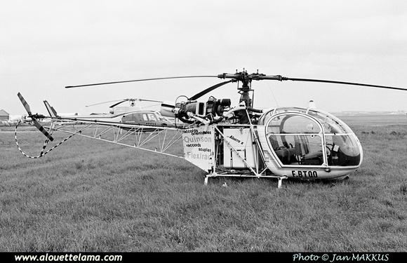 Pierre GILLARD: France - Private Helicopters - Hélicoptères privés &emdash; 005831