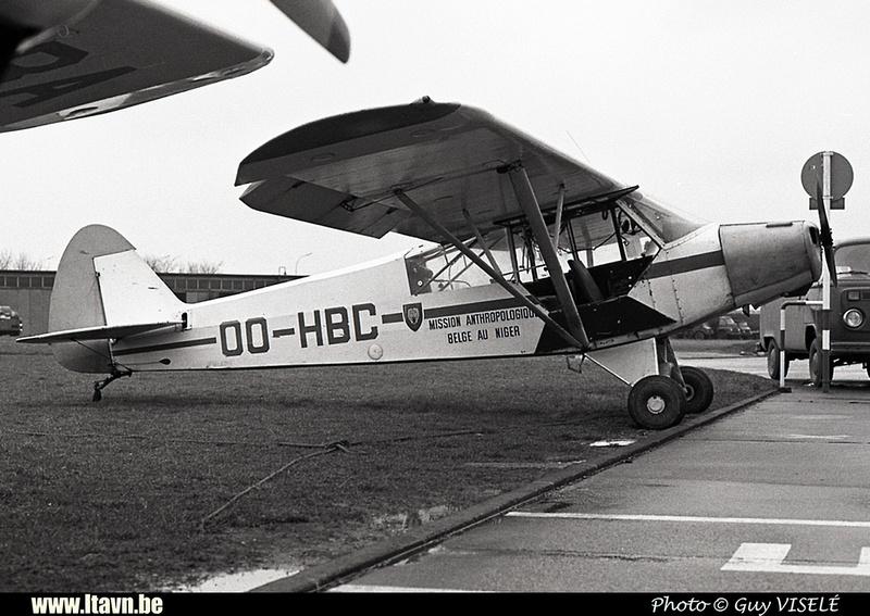 Pierre GILLARD: Aéroclub - Vliegclub &emdash; HBC-030150