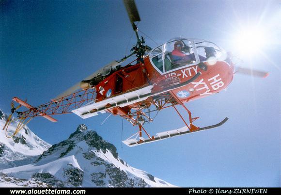 Pierre GILLARD: Air Zermatt - Alouettes & Lamas &emdash; XTY-005826