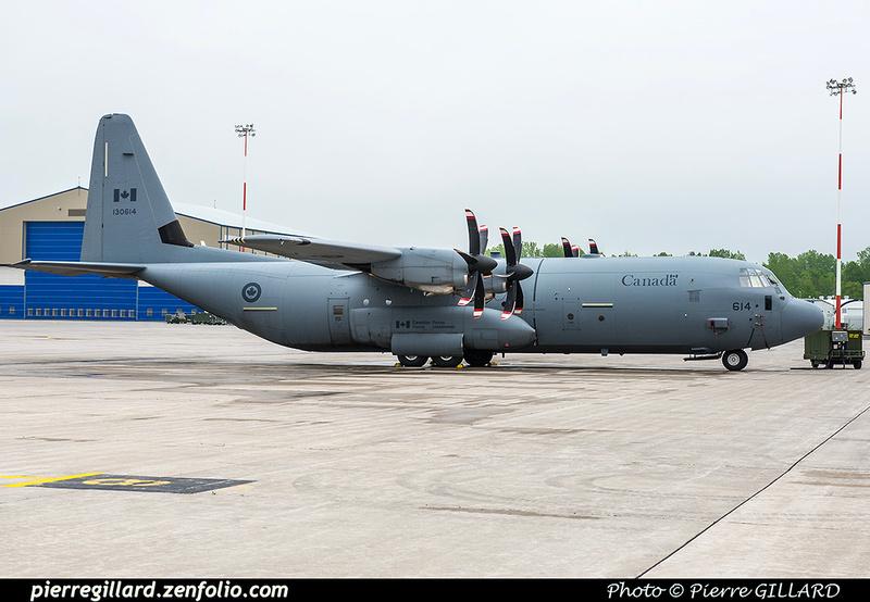 Pierre GILLARD: 436 Squadron - Escadron 436 &emdash; 2017-611235