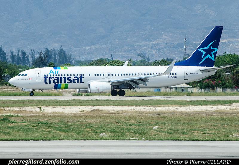 Pierre GILLARD: Air Transat &emdash; 2017-702211