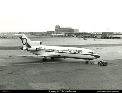 Pierre GILLARD: Avions : Boeing 727 &emdash; EXT9010