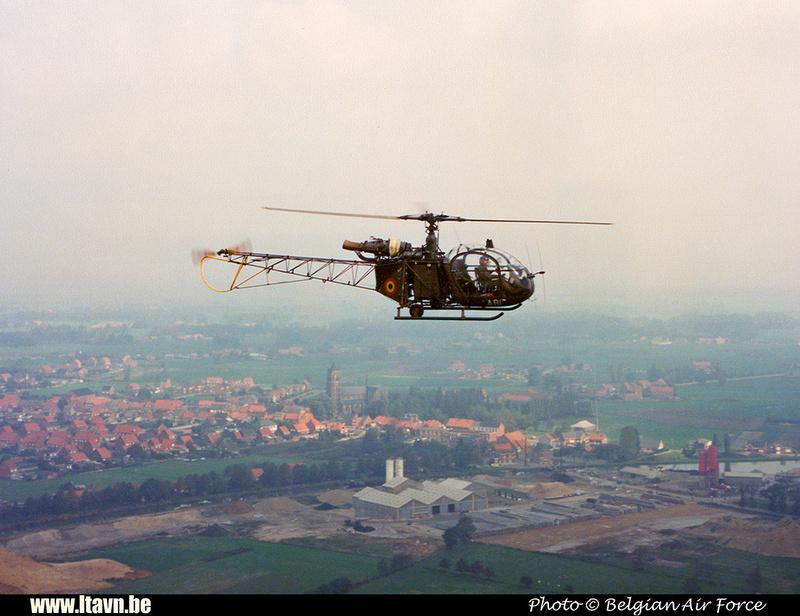 Pierre GILLARD: Aéronefs : Alouette II Astazou &emdash; A81-008383