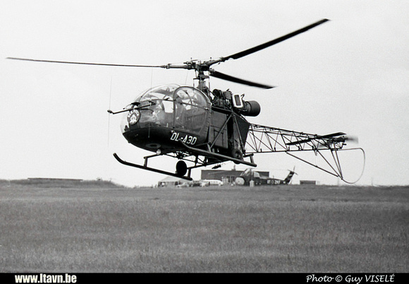 Pierre GILLARD: Aéronefs : Alouette II Artouste &emdash; A30-030221