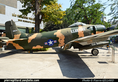 Pierre GILLARD: Vietnam : War Remnants Museum - Hồ Chí Minh &emdash; 2015-507263