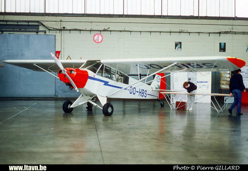 Pierre GILLARD: Aéroclub - Vliegclub &emdash; HBS-020268