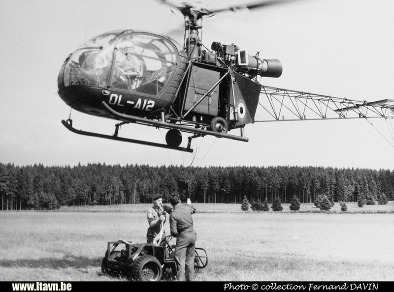Pierre GILLARD: Aéronefs : Alouette II Artouste &emdash; A12-008391