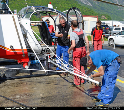 Pierre GILLARD: Air Glaciers - 2015-05-06 &emdash; 2015-600422