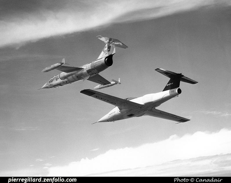 Pierre GILLARD: Canada - Canadair &emdash; 008028R