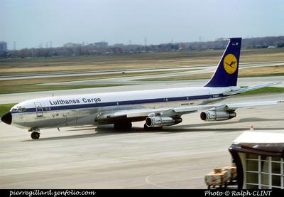 Pierre GILLARD: Lufthansa &emdash; 005756