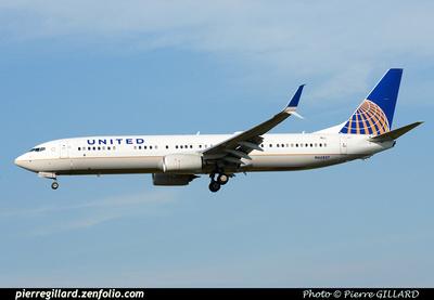 Pierre GILLARD: United Airlines & United Express &emdash; 2015-413208