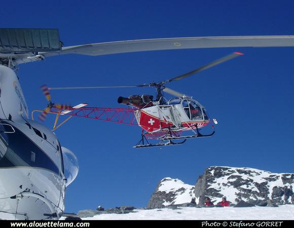 Pierre GILLARD: Air Glaciers - Alouettes & Lamas &emdash; XXJ-000652