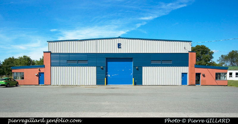 Pierre GILLARD: Canada : CYHU - Saint-Hubert, QC &emdash; 2011-29771