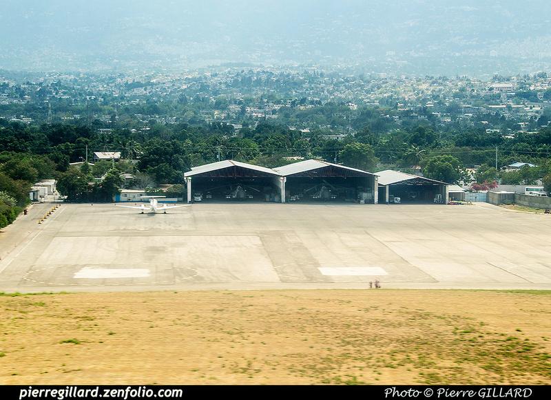 Pierre GILLARD: Haiti : MTPP - Port-au-Prince Toussaint-Louverture &emdash; 2017-519251