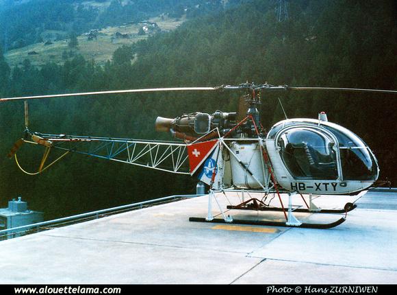 Pierre GILLARD: Air Zermatt - Alouettes & Lamas &emdash; XTY-005823