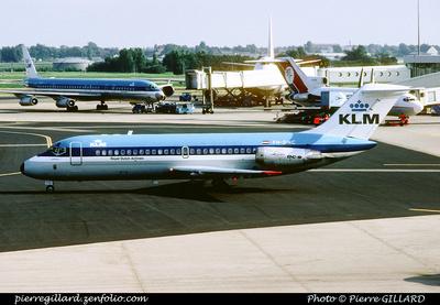Pierre GILLARD: KLM &emdash; 005740