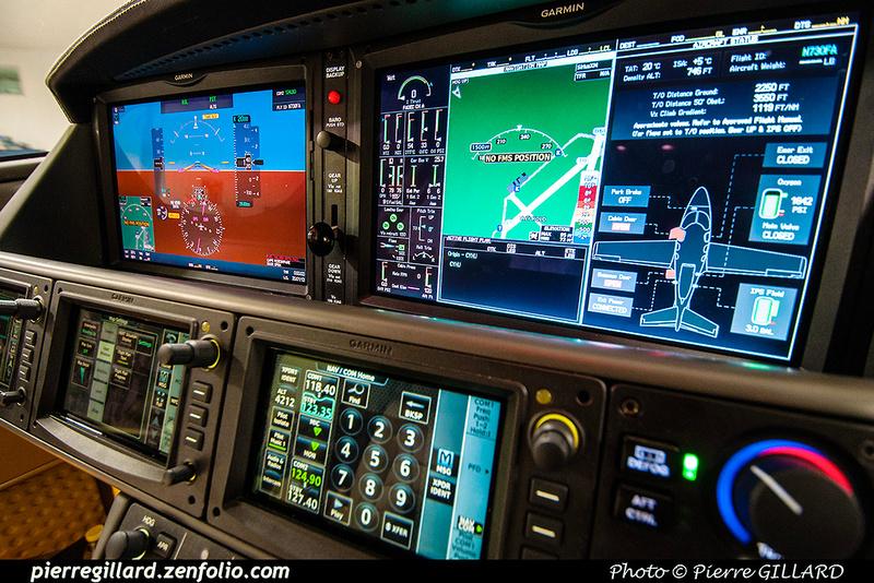 Pierre GILLARD: 2017-05-08 et 09 - Présentation du Cirrus SF50 Vision Jet chez Aeroteknic &emdash; 2017-322584
