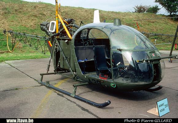 Pierre GILLARD: Aéronefs : Alouette II Artouste &emdash; A38-006340