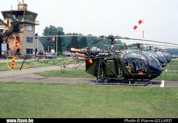 Pierre GILLARD: Aéronefs : Alouette II Astazou &emdash; A75-006572