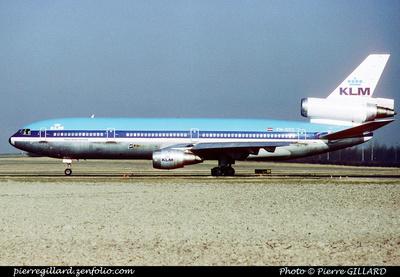Pierre GILLARD: KLM &emdash; 005744